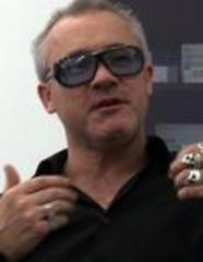 Two Damien Hirst art works stolen from London gallery